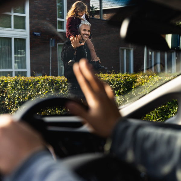Rustig rijden in woonwijk